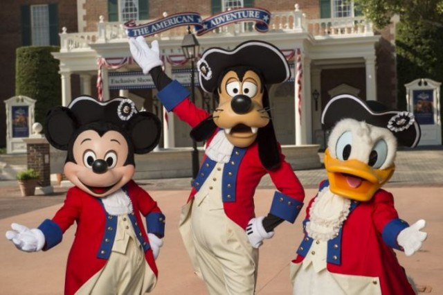 Celebrating the 4th of July with Mickey, Goofy & Donald!