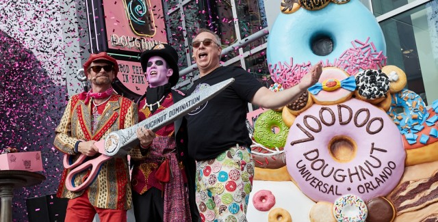 Voodoo-Doughnut-Grand-Opening-cover